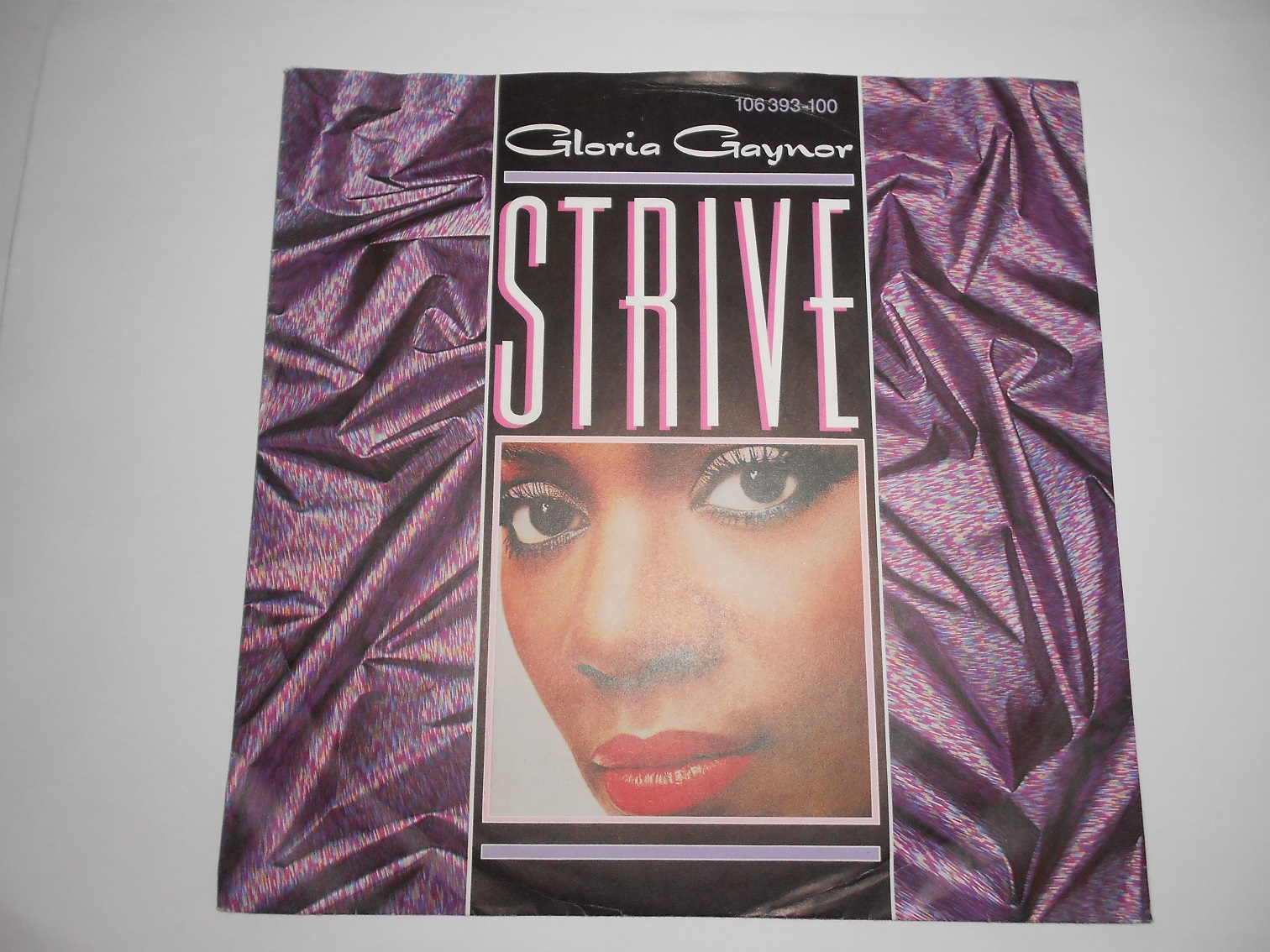 Gloria Gaynor ‎– Strive / I've Been Watching You 7""