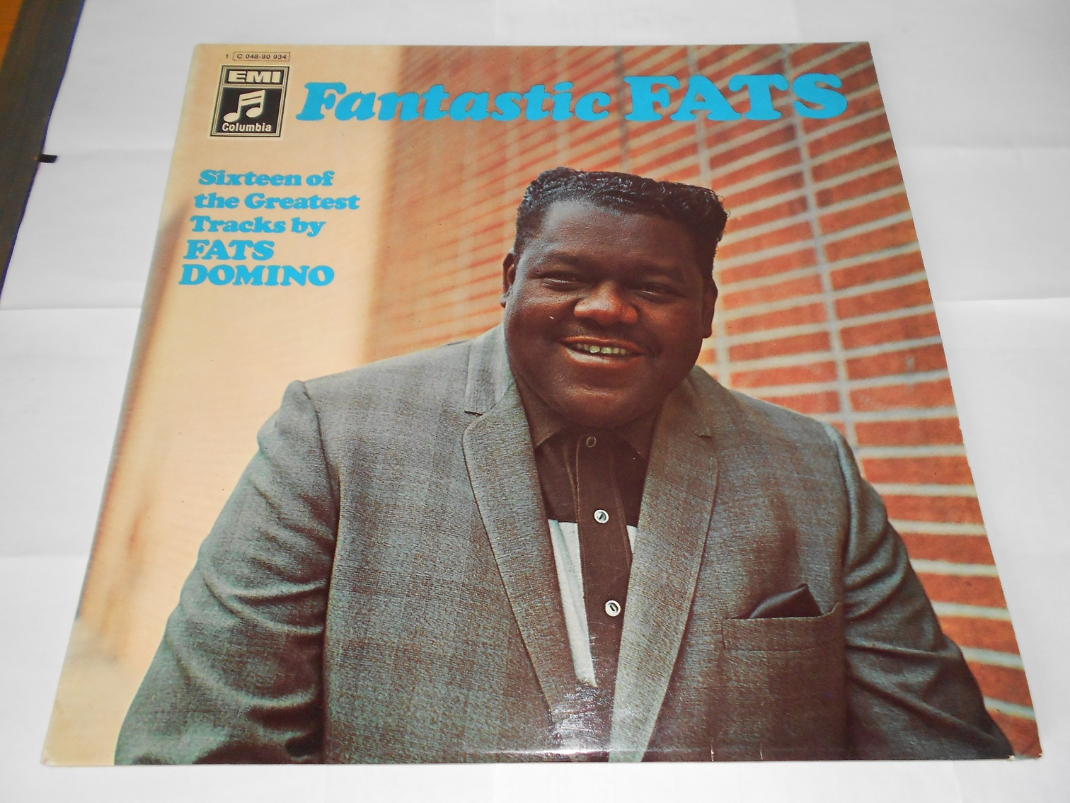 Fats Domino - Fantastic Fats (Sixteen Of The Greatest Tracks By Fats Domino) (LP)